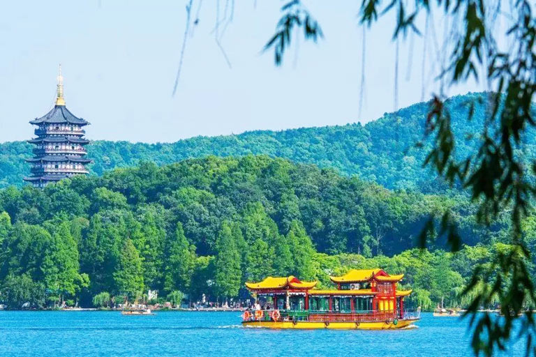 West Lake Boating Experience