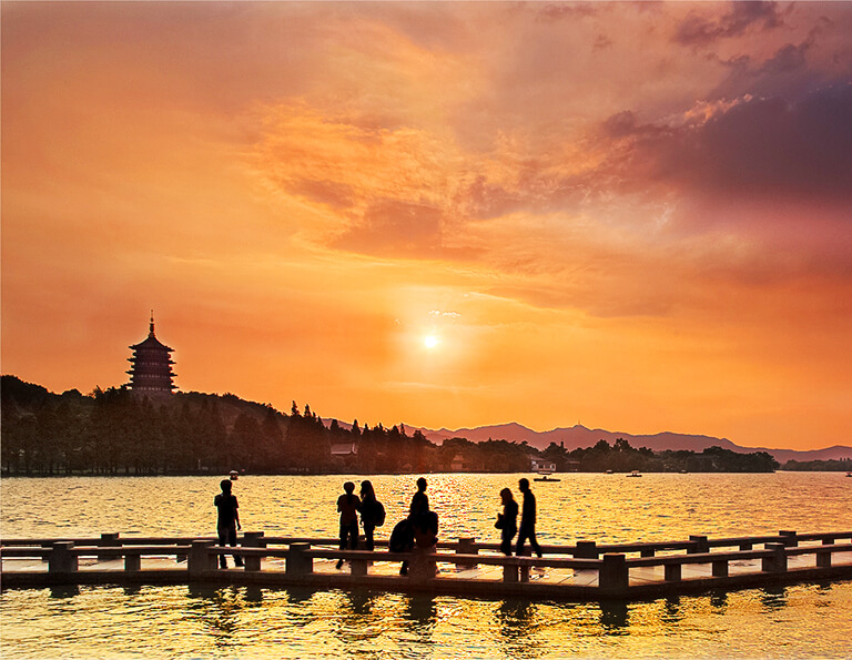 West Lake Sunset at Changqiao Park