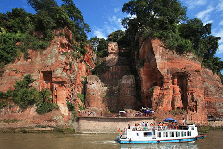 Panorama of Leshan Giant Buddha