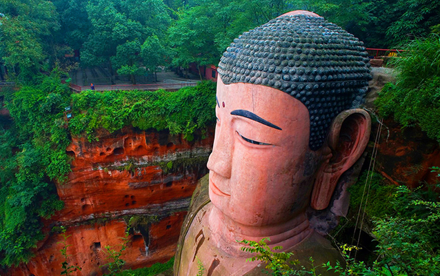 Leshan Giant Buddha in summer
