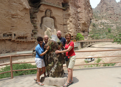 Tour Grottoes in Lanzhou