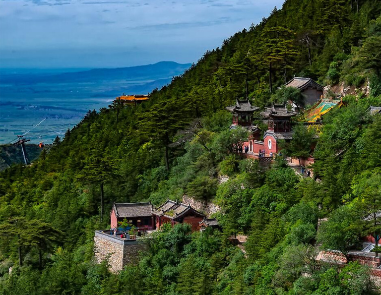 Natural Beauty of Hengshan Mountain