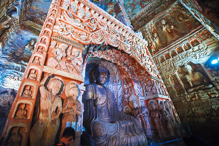 Statues in Yungang Grottoes