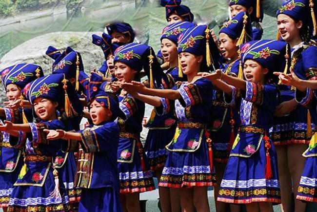 Resultado de imagem para Guangxi Zhuang festival