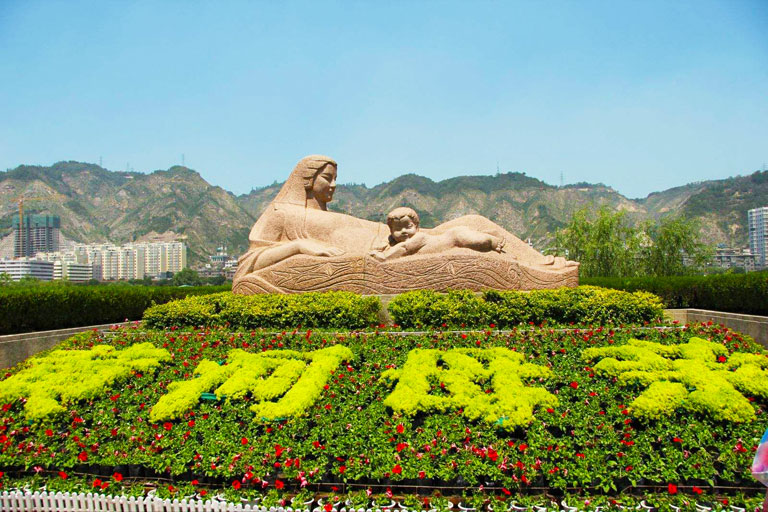 Yellow River Mother Statue in Lanzhou