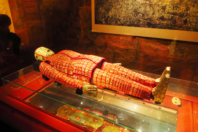 Jade Burial Suit with Silk Thread at Museum of the Mausoleum of Nanyue King
