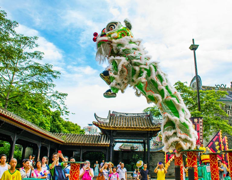 Foshan Ancestral Temple Lion Dance Performance