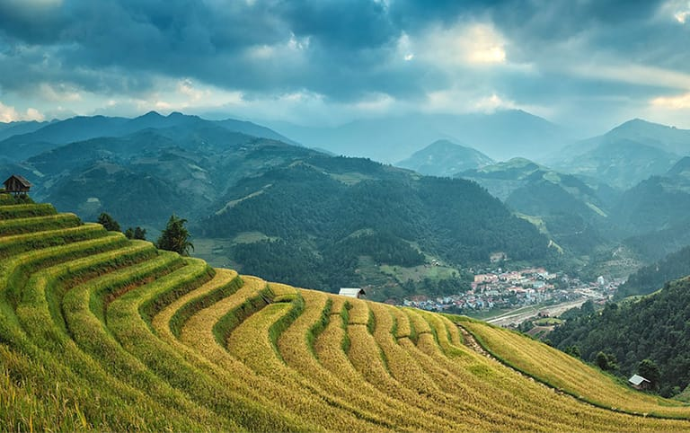 Sunrise in Longji Rice Terrace