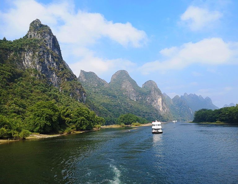 Li River Cruise in Autumn