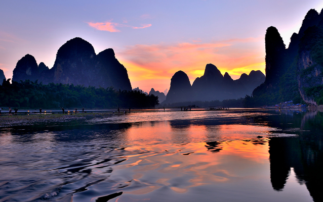 Beautiful Sunset View of Li River