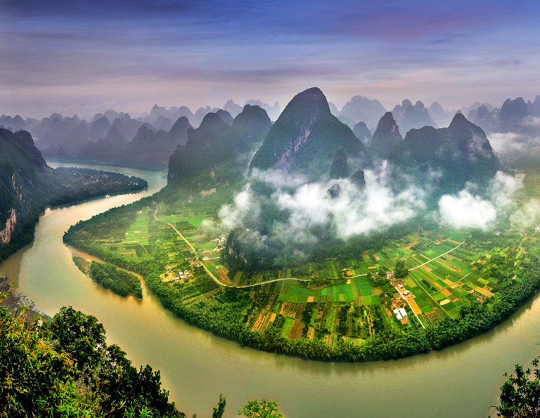 Panoramic Views of Beautiful Li River at Xianggong Hill