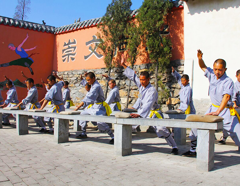 Excellent Kunfu Training at Dengfeng Shaolin Temple