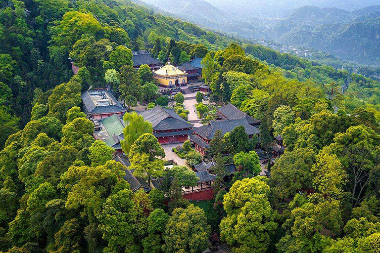 3 Days Mount Emei Classic Walking Tour
