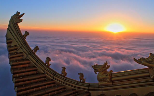 Magnificent Mount Emei Sunrise