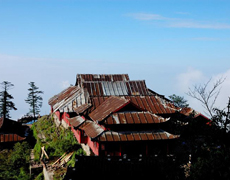 Mount Emei Hiking