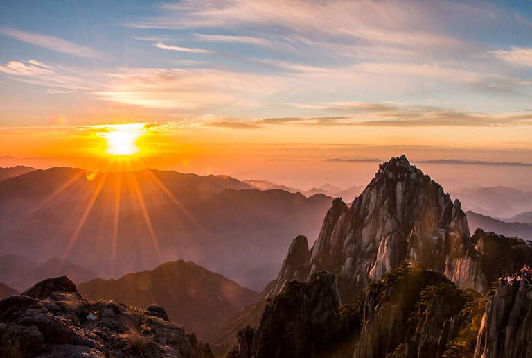 Huangshan Yellow Mountain Sunrise in Spring
