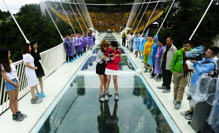 longest glass bridge bungee jump - Zhangjiajie Glass Bridge