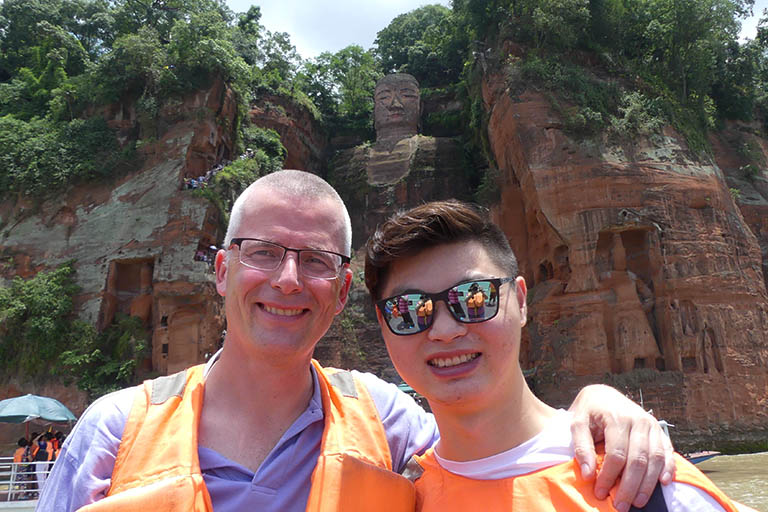 How to Get to Leshan Giant Buddha from Chengdu