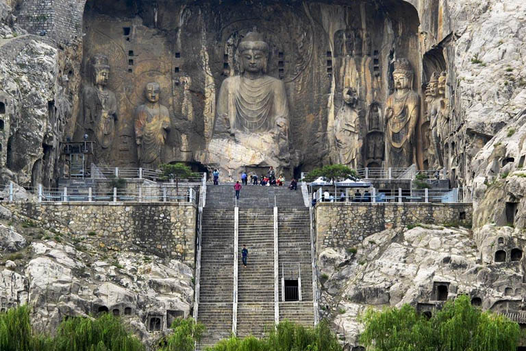 Longmen Grottoes - Art of Chinese Buddhism
