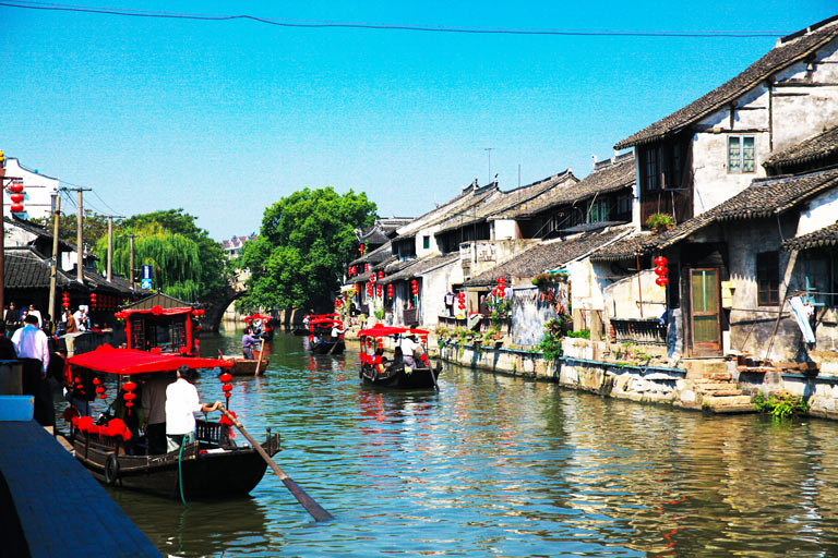Be Intoxicated by the Old Fengjing Water Town