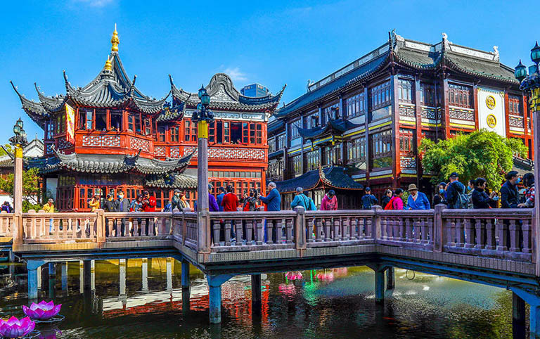 Ancient Architectures in Shanghai Yu Garden