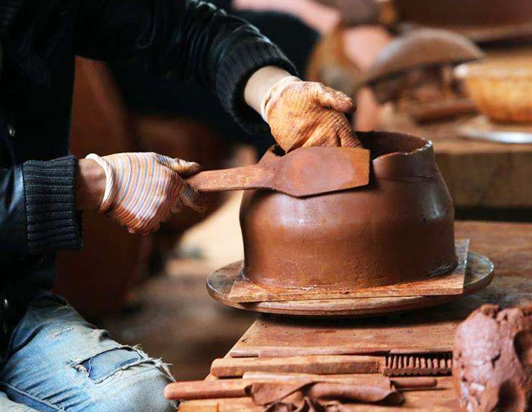 Nixi Pottery Village