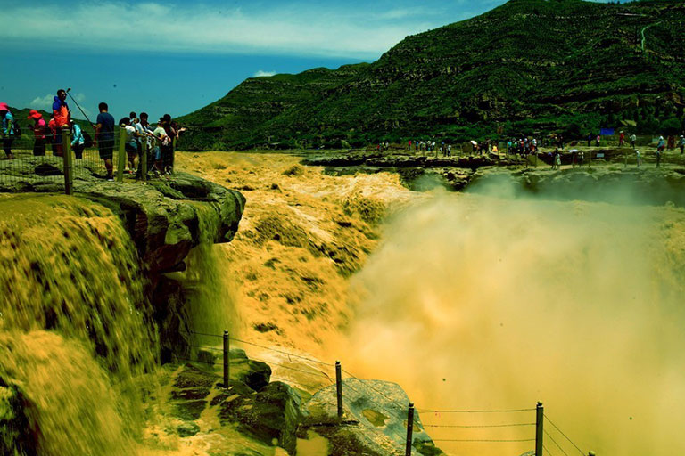 Magnificent View of Hukou Waterfall (Shaanxi Side)