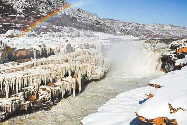 Hukou Waterfall - wonder on the Yellow River