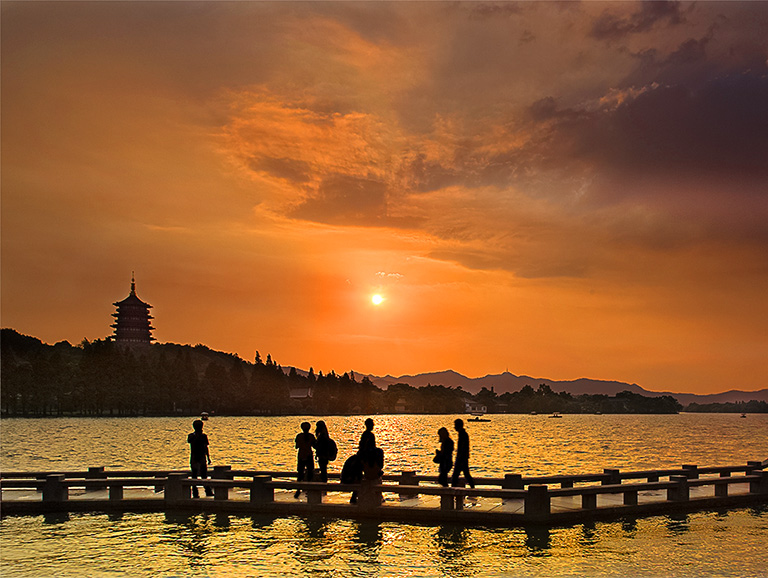 5 Days Essence of Shanghai & Hangzhou Tour