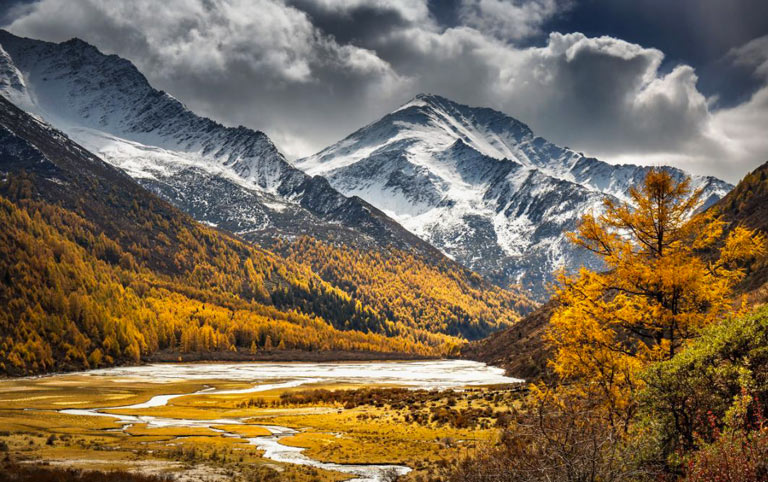Haizi Valley in Autumn