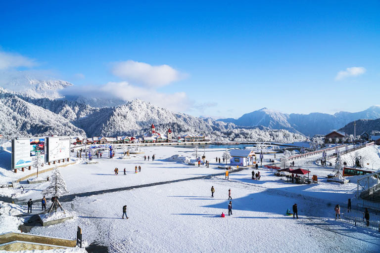 Xiling Snow Mountain Ski Resort