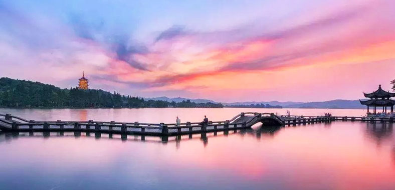 Hangzhou West Lake - Facts, History, Attractions, Tips