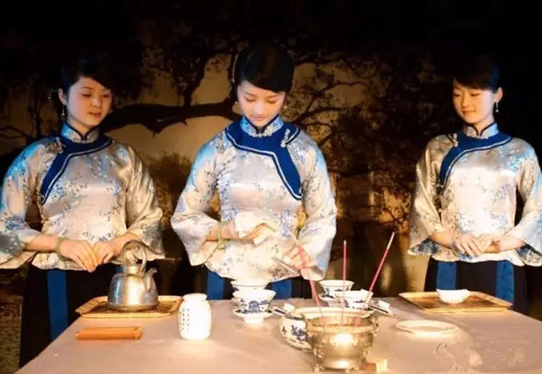 Huangshan Tea Ceremony Performance