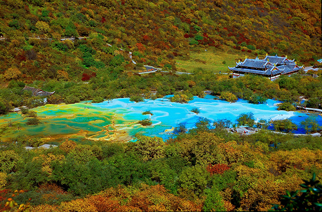 Huanglong nationall park huanglong scenic area huanglong for Most popular pool colours