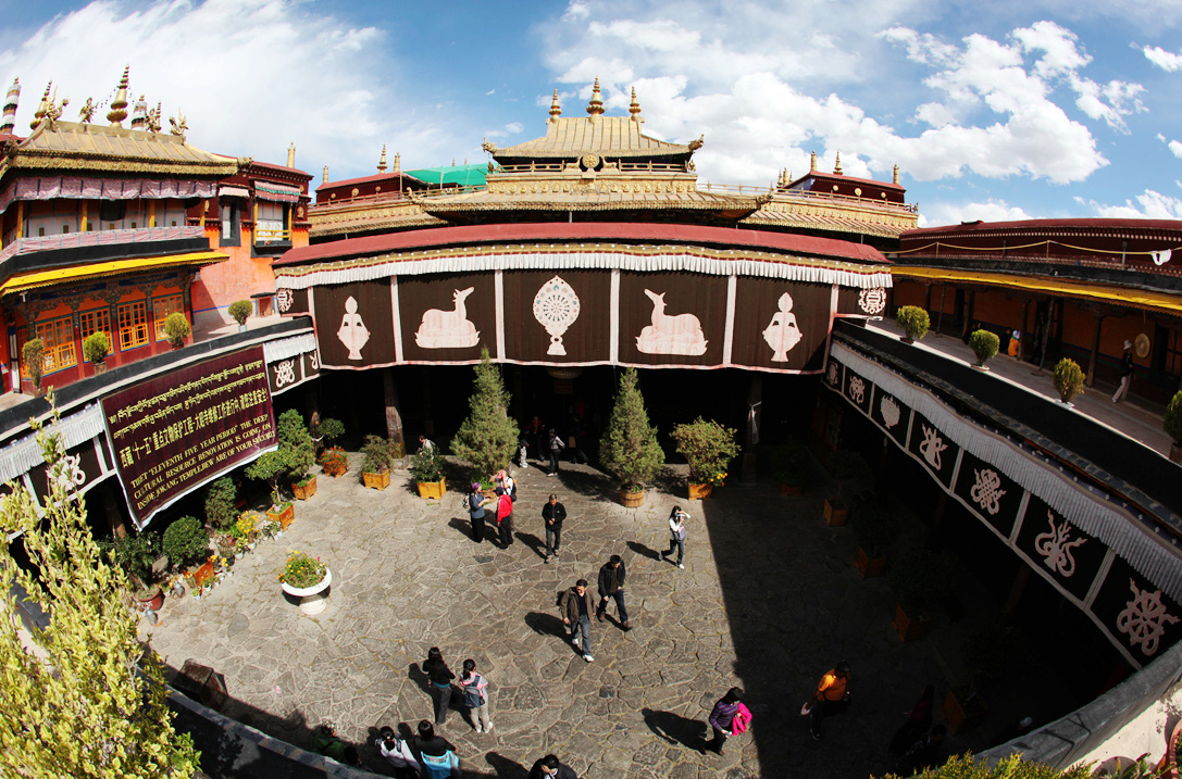 Jokhang Temple Lhasa Jokhang Temple Facts History Map