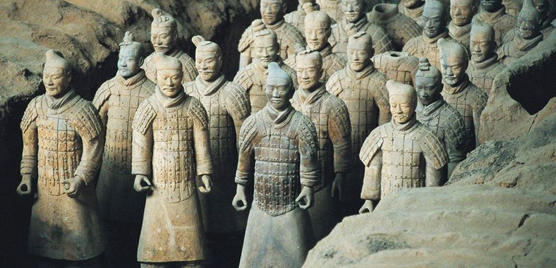 Terracotta Warriors and Horses - the Underground Army of ...  Terracotta Warr...