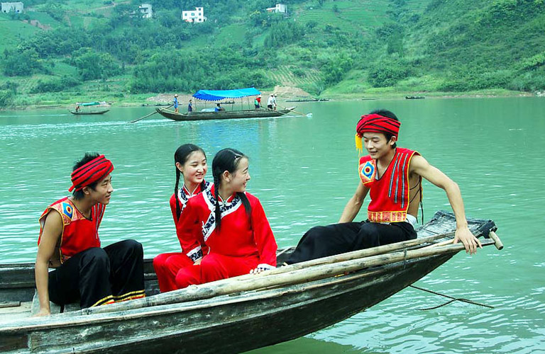 Shennong Stream - Tujia Ethnic Culture