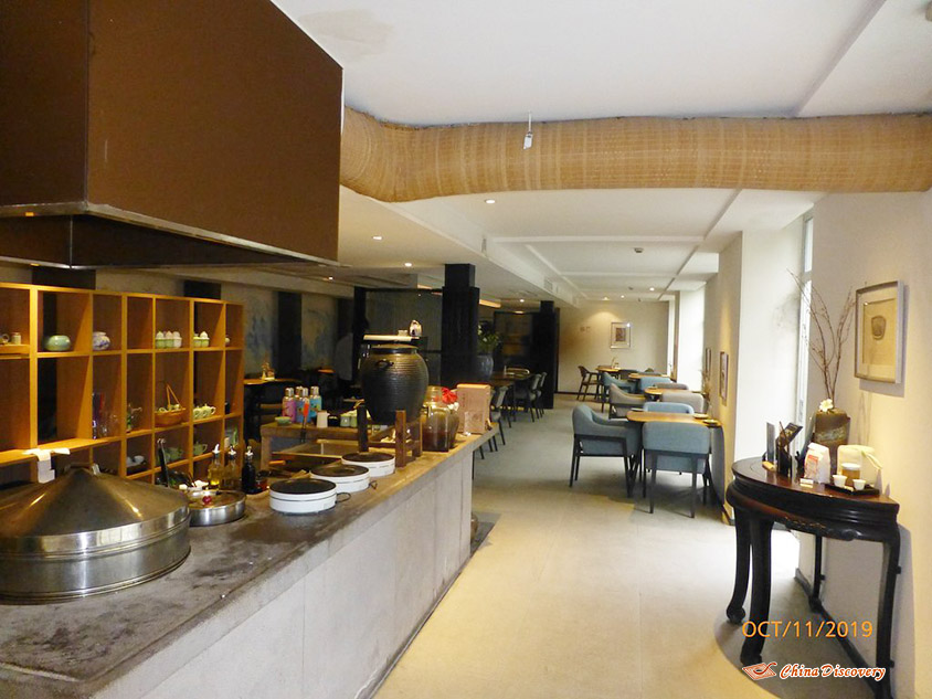 Breakfast Room of Ru Yi Boutique Hotel at West Lake in Hangzhou, Photo Shared by Steve, Tour Customized by Leo