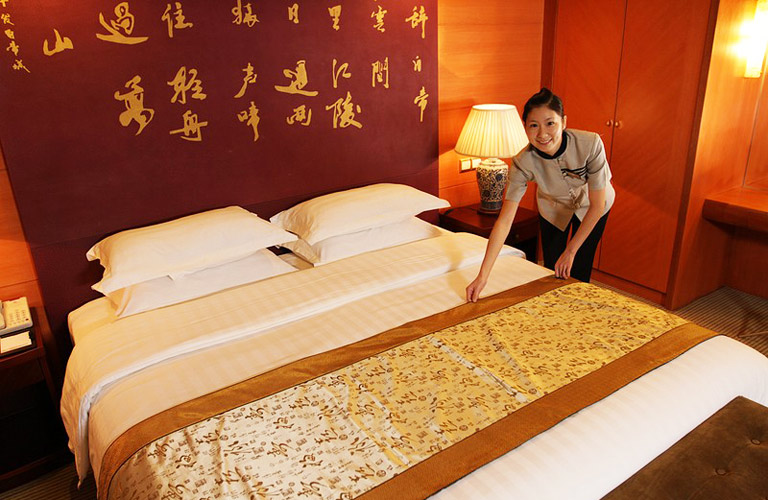 Yangtze River Cruise Services - Room Cleaning Service
