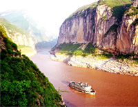The Gorgeous Scenery along Yangtze River Cruise