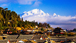 This 6-day Best of Yunnan Tour gives you a great overview of the beautiful region (Lijiang / Shangri-La / Kunming).