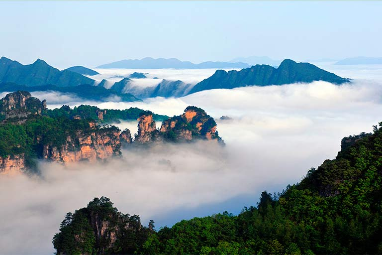 Seas of Clouds and Mist at Huangshizhai