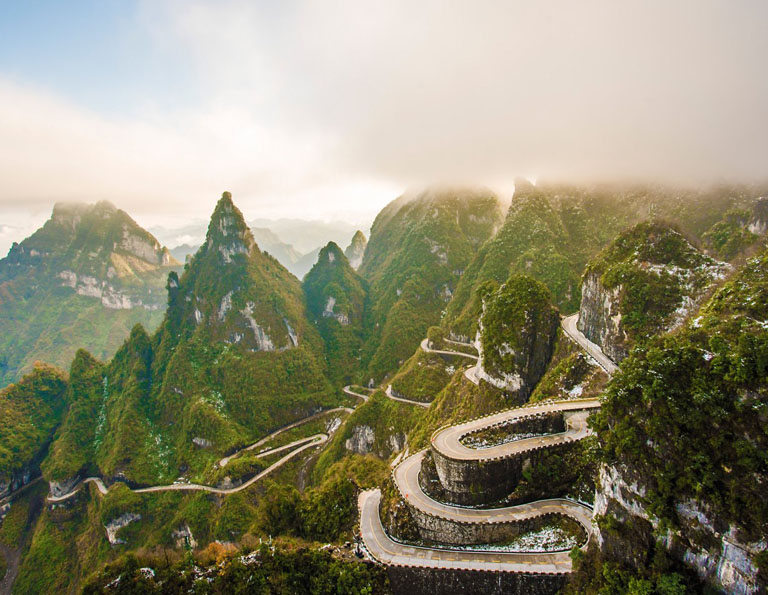 Tianmen Mountain National Park - Zigzag Road