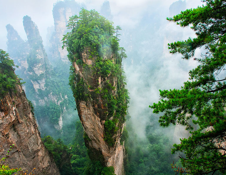 Surreal Avatar Views in Zhangjiajie National Forest Park
