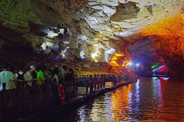 Xiangshui River in Yellow Dragon Cave
